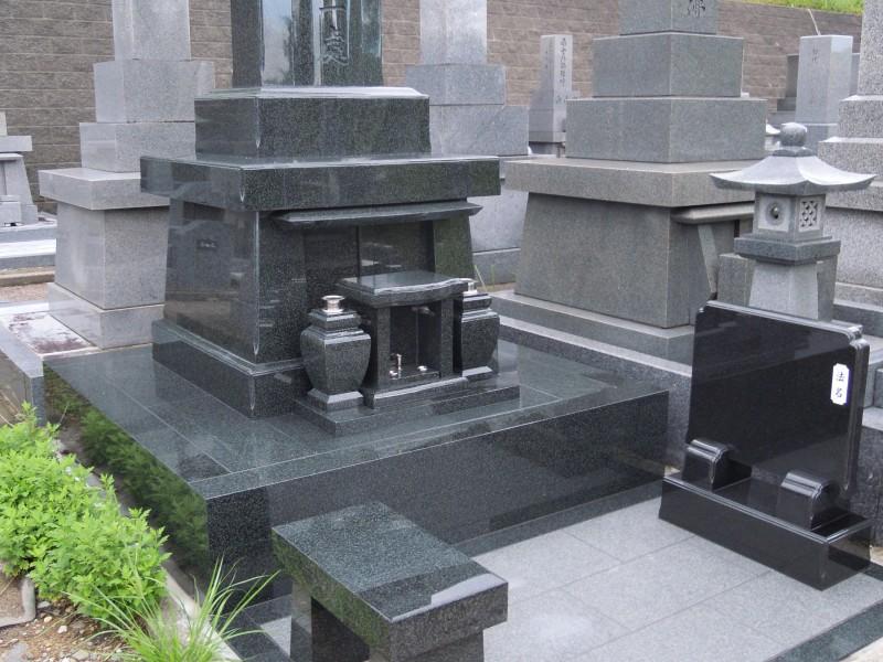 笠墓インド産緑御影