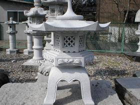庭灯篭・庭石