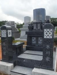 笠墓 インド産黒御影